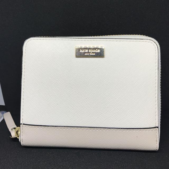 Kate spade zipper wallet in white