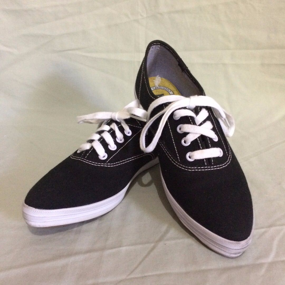 Keds Pointed Sneakers - Dark Navy Blue Size 37