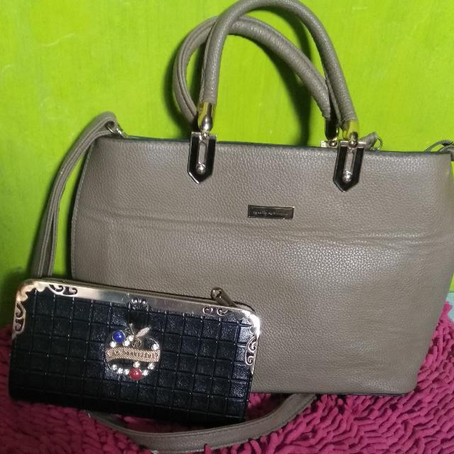 Kelbin Kenellius Hand Bag (Free Clutch)