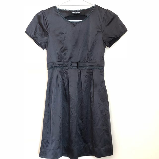 Little black dress - sateen feel