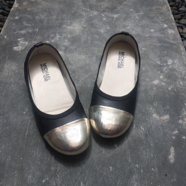 Michael Kors Flat Shoes ( Authentic )