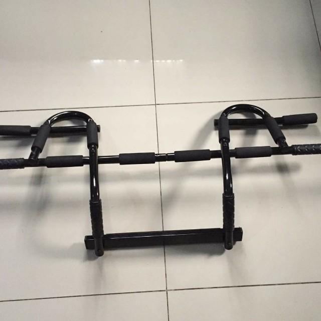 Multi-Grip Chin-up/Pull-up Bar, Heavy Duty Door Way Trainer