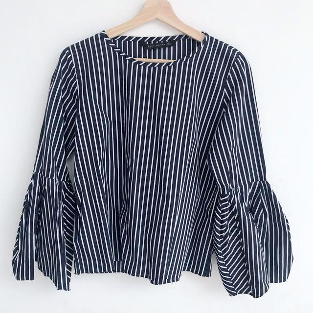 NEW - Zara navy stripes top