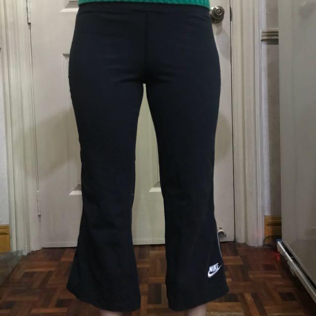 Nike Black Cotton Spandex Capri