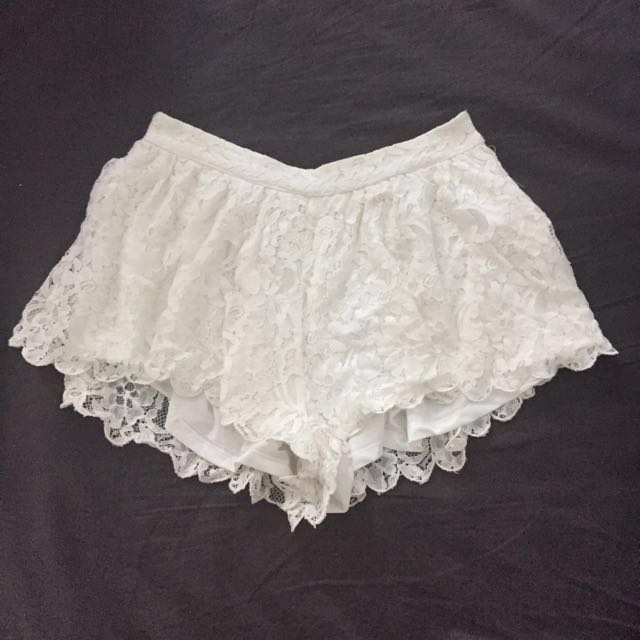 Off White Lace Boho Shorts/culottes/skort