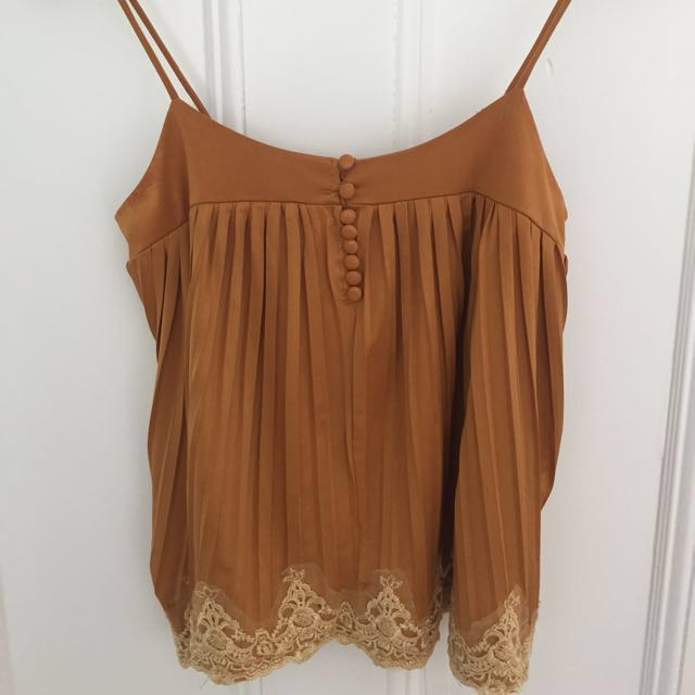 Pleated Singlet with Lace detail size Large