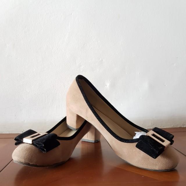 Preloved sepatu kerja merk FLY SHOES