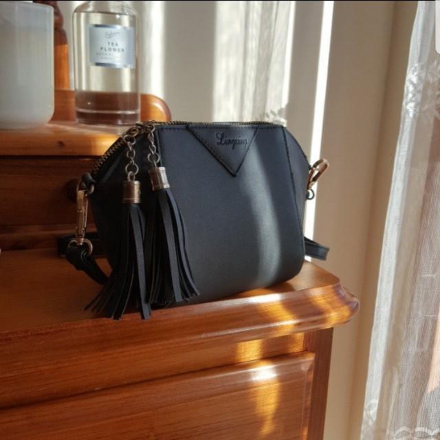 🔥🔥PRICE DROPPED Mini Casual PU Leather Tassel Zipper Closure Crossbody Shoulder Bag Small Tote Ladies Purse