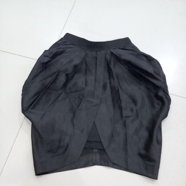 Quin Satin Skirt