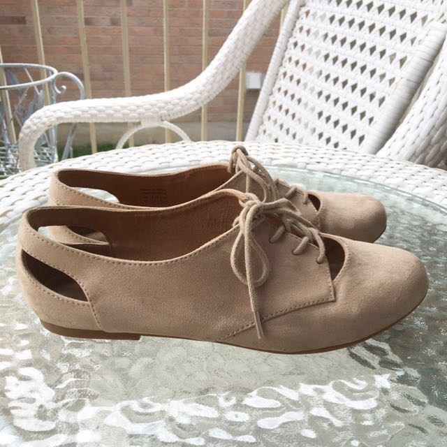 *REDUCED PRICE* Aldo Tan Flats