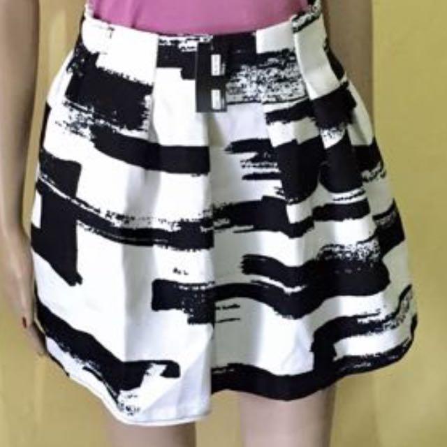 rok import flare skirt