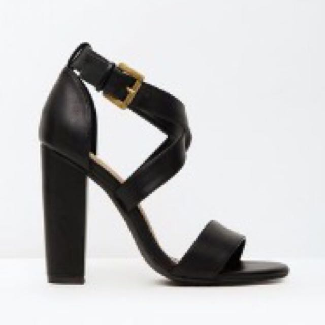 SPURR Block Heels Size 8 Black