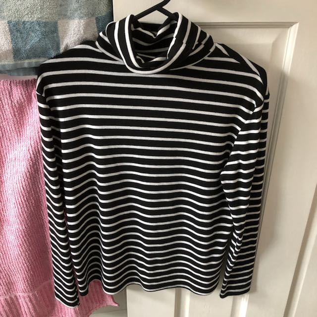 STRIPED ROLL NECK TOP