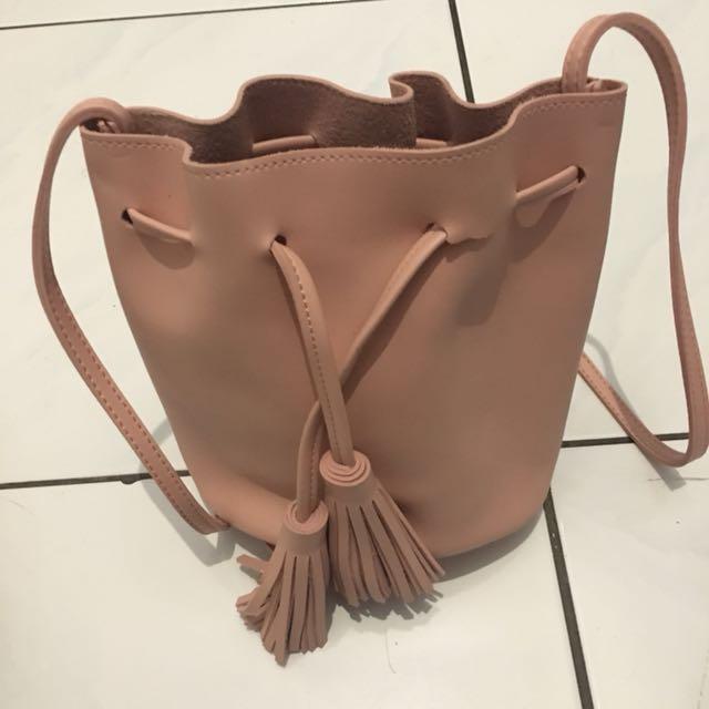 Tas Miniso Serut Pink Sling Bag