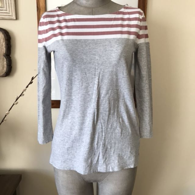 Tommy Hilfiger top: size XS