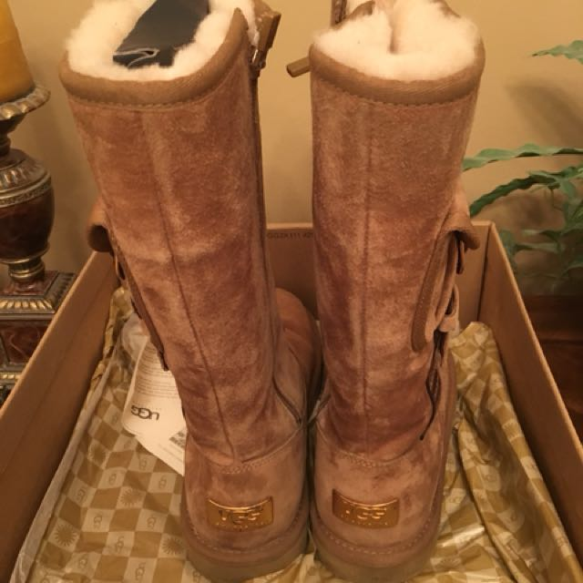 Uggs - Size 8
