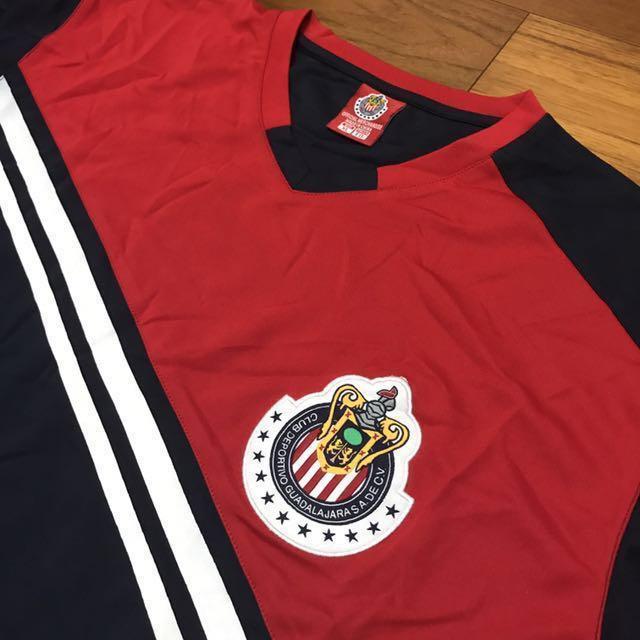 #舊愛換新歡[全新⚽️]墨西哥瓜達拉哈拉體育足球俱樂部V領短袖T恤