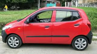 Hyundai i10 For Rent