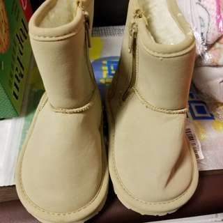 BRAND NEW Baby GAP boots