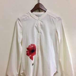 Flower white top( made in Taiwan)