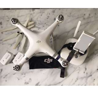 DJI Phantom 3 advance drone with bag and accessories