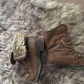 REDUCED Steve Madden Boots