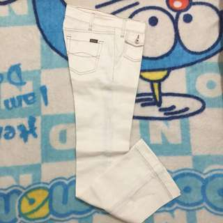 Colorbox.Cutbray jeans