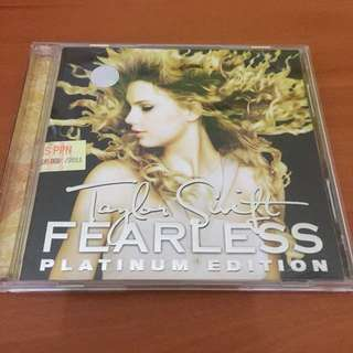 Taylor Swift Fearless Red platinum and deluxe edition
