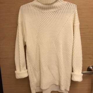 🚚 🌻高領長版白色針織上衣
