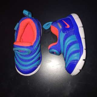 Authentic Nike  5c /11cm
