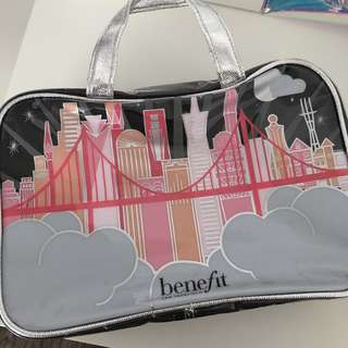 BENEFIT TRAVEL BAG