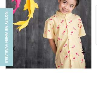 The Elly Store Mandarin-Collared Shirt in Yellow Fishes size 3