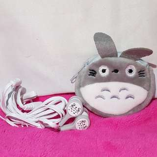 Totoro earpiece with pouch