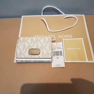 Authentic!! MK wallet.. still negotiable