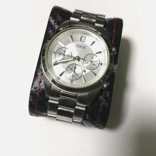 Mint condition Solvil Titus chronograph watch