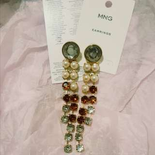 💮 Barely Used Mango Sparkly Drop Earrings