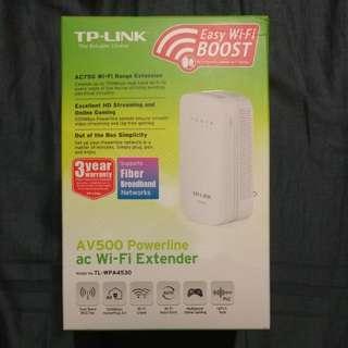 TP-LINK AC750 Wi-Fi Extender, AV500 Powerline Edition (TL-WPA4530)