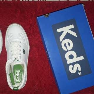keds white/green