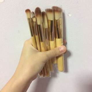 Makeup Brushes 8 pieces