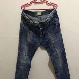 Celana Panjang Jeans Bershka Size 31