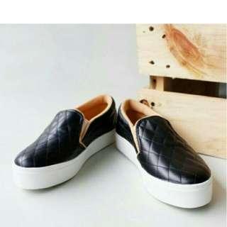 Sepatu malle