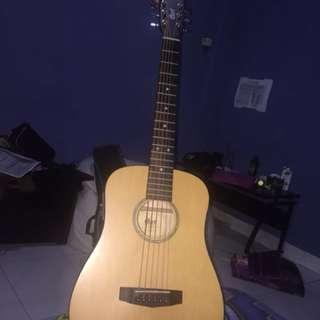 Gitar akustik merk Cort free capo (nego)