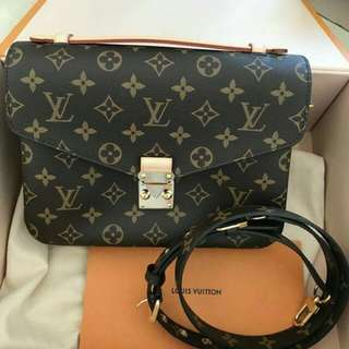 Louis Vuitton Metis Pochette Monogram