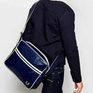 Fred Perry Men Crossbody Promotion