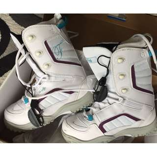 Firefly snowboard soft boots for sale