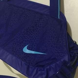 Nike C72
