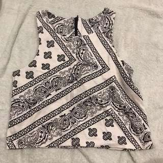 white paisley cropped tank top tee shirt T