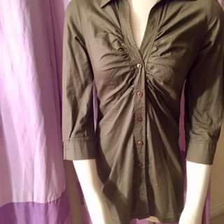 Olive green 3/4 sleeve button up top