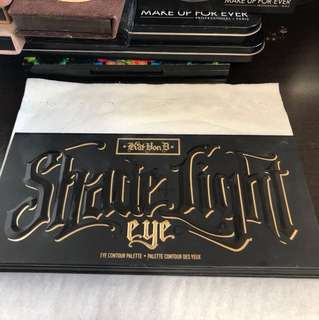 Kat Von D Shade+Light Eye Palette