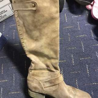 Hardly worn taupe/brown fall boots
